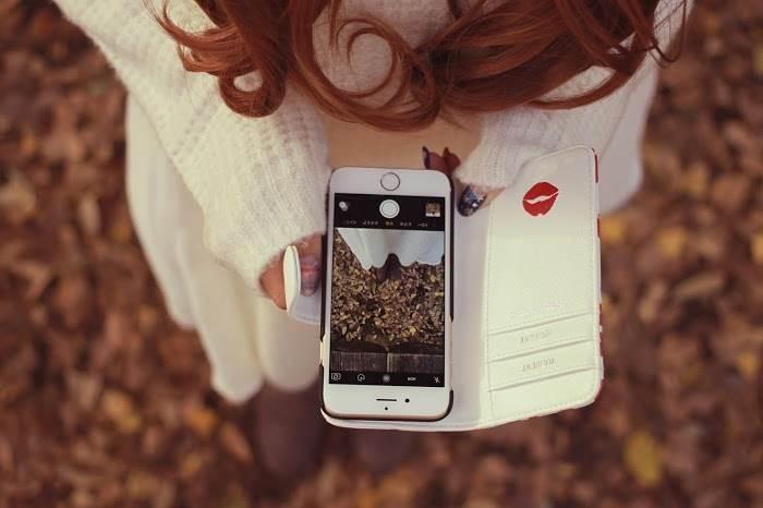 iPhoneー女性
