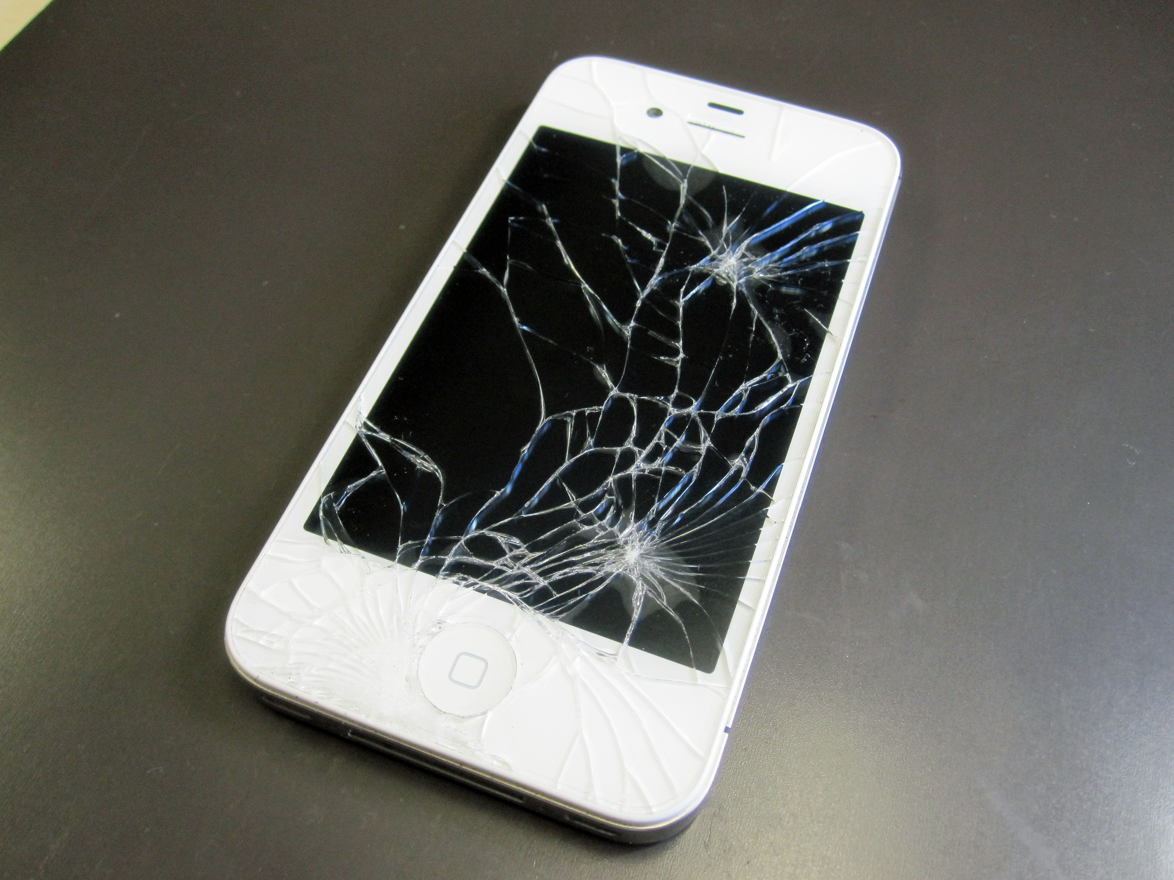 画面割れ-iPhone2