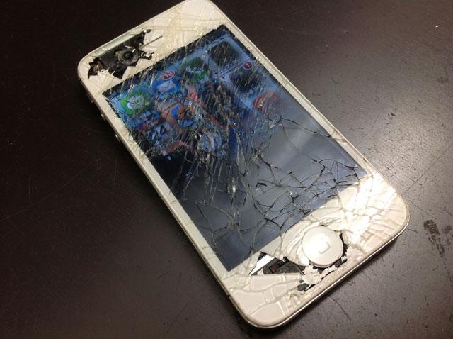 画面割れ-iPhone3