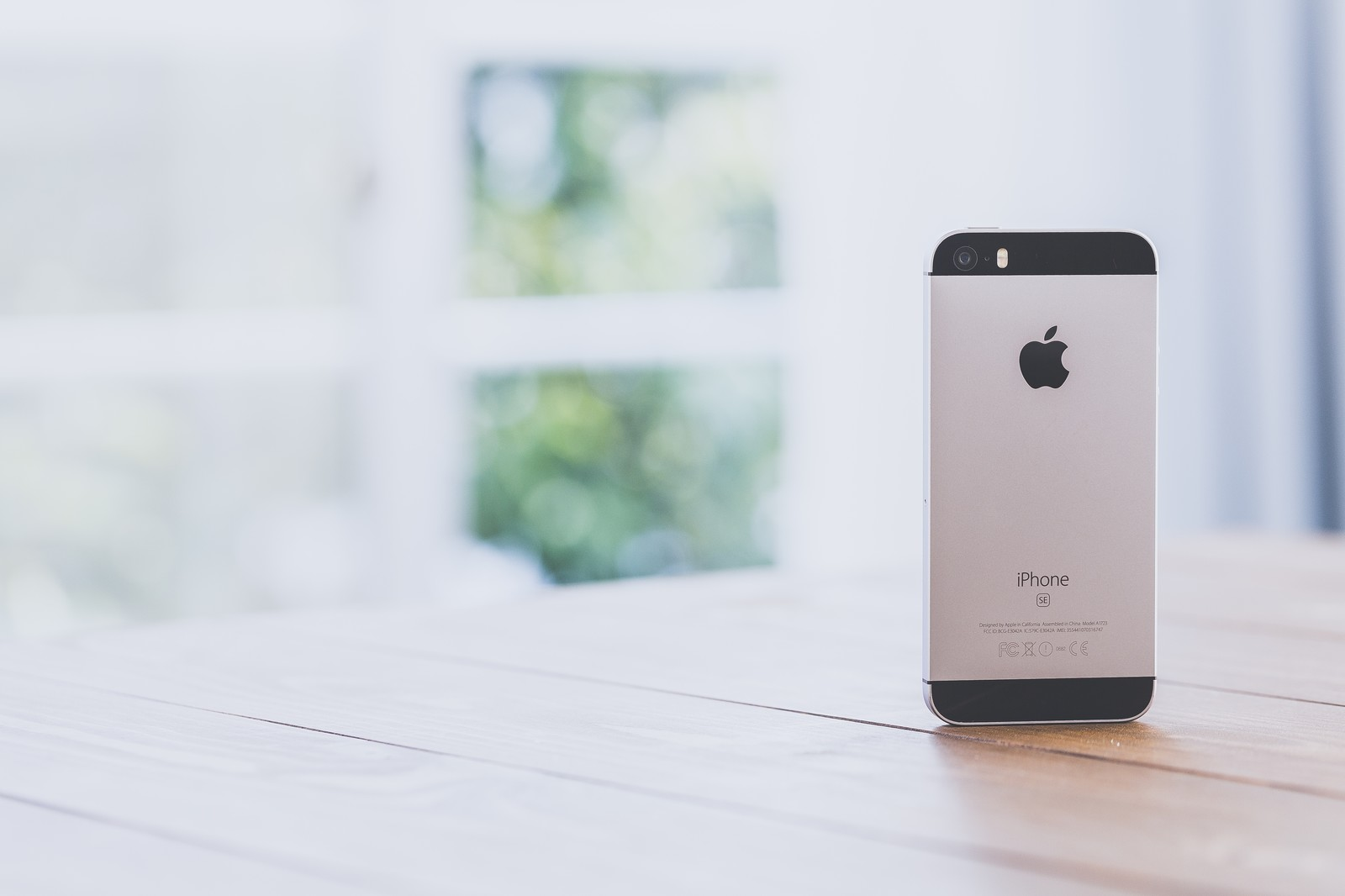 窓際とiPhone